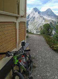 MTB am Schachenhaus im Wettersteingebirge